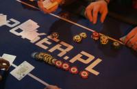 Czy można legalnie grać w pokera poza kasynem?