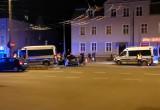 Skutki zderzenia osobówki z radiowozem w Sopocie