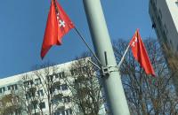 Flagi żałobne na ulicach Gdańska