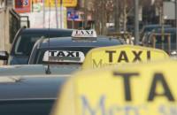 Dużo mniej kursów. Taksówkarze liczą straty