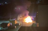 Dwa samochody spłonęły w nocy w Gdańsku