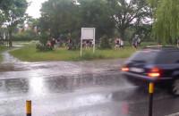 Taniec w strugach deszczu na Chełmie