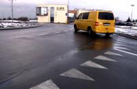 Błędy kierowców na rondach dwupasmowych