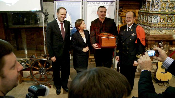 Film archiwalny. Zobacz, jak wyglądała ceremonia wręczenia Srebrnego Sekstantu 2011.
