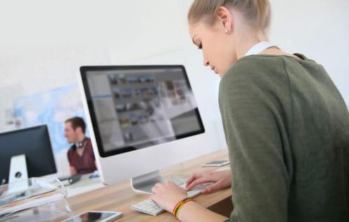 Będzie mniej studiów przez internet?