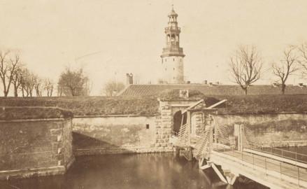 Historia hełmów na wieży Twierdzy Wisłoujście