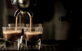 Kawa w domu jak z kawiarni. Dobre ekspresy