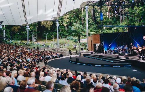 W sobotę pierwszy koncert w Operze Leśnej