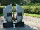 Pomnik ofiar epidemii tyfusu 1945-1946