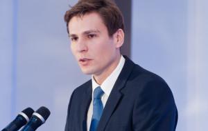Płażyński pokieruje siecią kancelarii prawnych