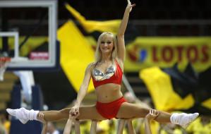 Kim są i jak trenują cheerleaderki?
