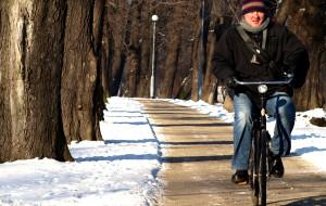 Jak jeździć zimą na rowerze po mieście?