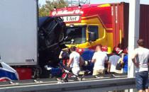 TIR zmiażdżył dwa samochody w Gdyni