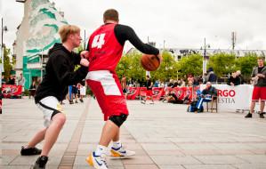 Zagraj w koszykówkę na Monciaku