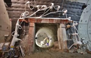 Przejdź suchą nogą przez tunel pod Martwą Wisłą
