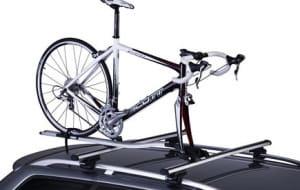 Wybierz bagażnik rowerowy na dach auta