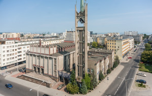 Uda się wyremontować wieżę znanego kościoła w Gdyni