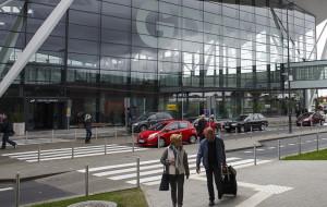 Lotnisko kasuje częstych bywalców parkingu kiss & fly