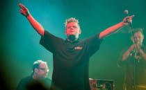 Kult zagrał w Gdyni: zespół w dobrej...