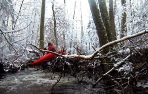 Kajakowe harce na zimowej Jutrzence