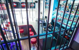 """Nowe lokale: pierogi, makaron i """"więzienny"""" pub"""