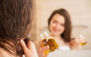 Olejowanie włosów - hit na suche i matowe włosy