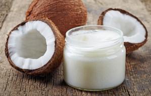 Olej kokosowy w służbie zdrowia i urody