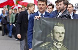 Pomnik Żołnierzy Wyklętych i marsz Pileckiego w Gdańsku