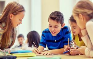 Zmora rodziców - co zrobić z dzieckiem w wakacje?