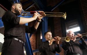 Tak się grało w dawnym Gdańsku - niezwykłe koncerty wieżowe trąbek i carillonów