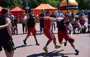 Weź udział w turnieju koszykówki ulicznej