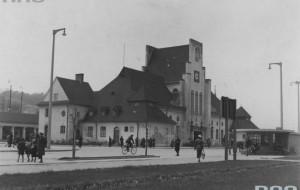 Prasa w 1936 r.: Narodzinom jego towarzyszyła korupcja