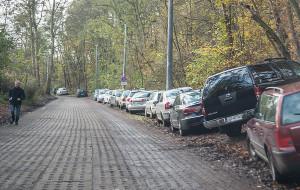 Powstaną nowe miejsca parkingowe przy UCK