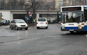 Gdynia: Nierealne terminy wstrzymały przebudowę ulic przy dworcu?