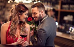 Walentynki deluxe: kolacja z afrodyzjakami, SPA lub wyjazd za miasto