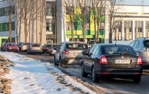 Zatoczki zamiast parkingów przy szkołach w Gdyni