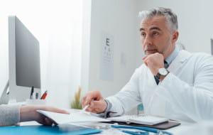 Czy lekarz POZ ma obowiązek wydać skierowanie na badania?