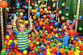 UOKiK skontrolował sale zabaw. Śledczy zbadali, czy doszło do narażenia życia