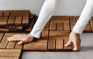 Drewniany balkon? Wystarczy ułożyć deski