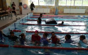 Uśmiechnięty maraton pływacki na AWFiS