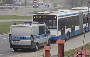 Zaatakował gazem, bo kierowca autobusu wymusił pierwszeństwo?