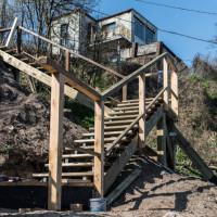 Prowizoryczne schody na bulwar na Oksywiu do końca kwietnia