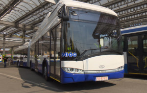 Przegubowy trolejbus przyjechał na testy do Gdyni