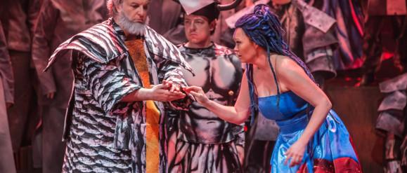 """Władza nie daje ukojenia. O premierze """"Nabucco"""" w Operze Bałtyckiej"""