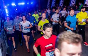Prawie 4300 nocnych biegaczy na ulicach Gdyni
