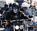 Kilkaset motocykli Harleya-Davidsona w Sopocie
