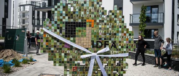 Coraz więcej rzeźb na osiedlach mieszkaniowych