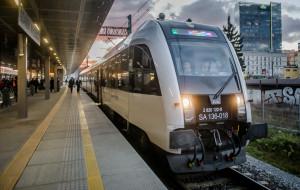 Coraz chętniej podróżujemy pociągami PKM