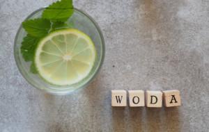 Okiem dietetyka: co pić na diecie?
