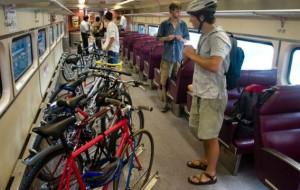 Znowu kłopot z rowerami na trasie PKM